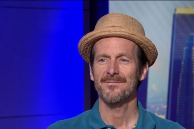 Denis O'Hare on why he supports Clinton