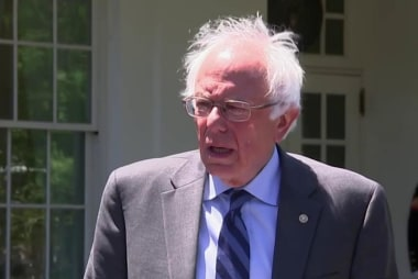 Sanders speaks after White House meeting