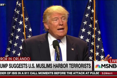 Trump ratchets up anti-Muslim rhetoric