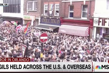 Worldwide vigils reach out to Orlando