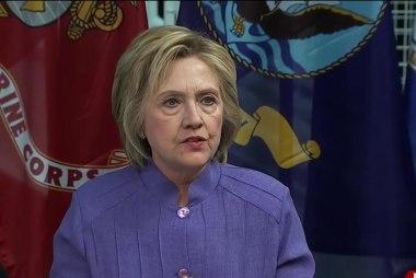 Clinton mocks Trump on national security