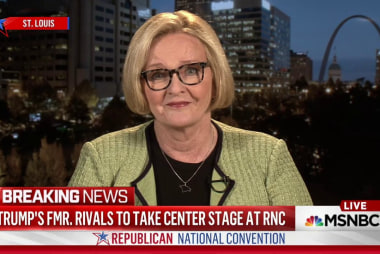 McCaskill offers Clinton VP advice