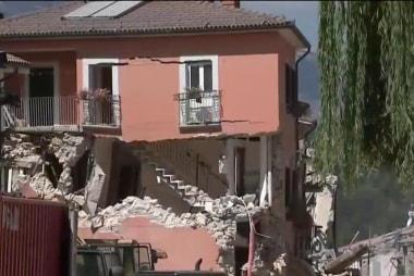 Earthquake death toll climbs in Italy