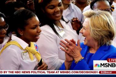 When did Kaine learn Clinton had pneumonia?