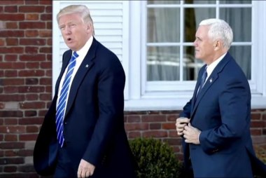 Trump breaks precedent on intel briefings