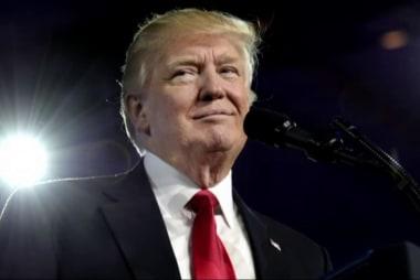 Trump cites same media he attacks to...
