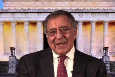 Panetta: Trump should apologize to Obama...