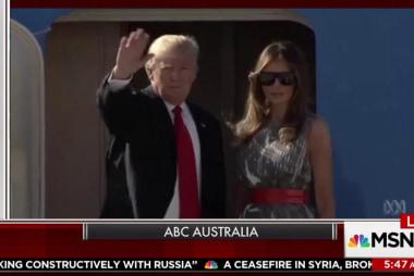 Australian news anchor skewers Trump in...