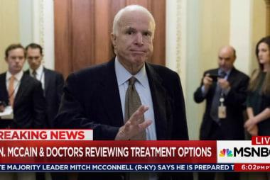 Sen McCain, war hero, fighting brain tumor