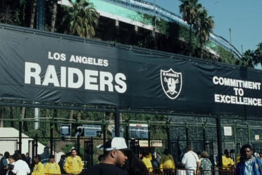NFL contemplates return to LA