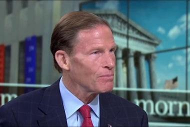 Senator says Trump 'dossier' PI should...