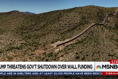 Trump kicks border wall funding to December