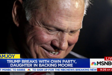 Moore leads in poll despite sexual abuse...