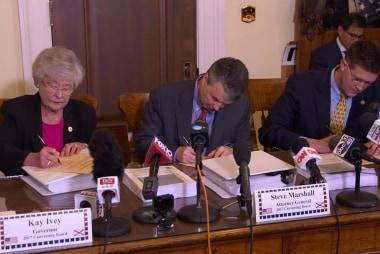Alabama certifies Jones as Senate winner over Moore's objections
