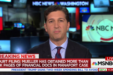 Court filing: Mueller issued 15 search warrants in Manafort case