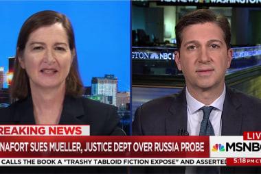 Bannon predicts Mueller will corner Trump in Russia investigation