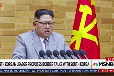 Trump compares button size with Kim Jong Un