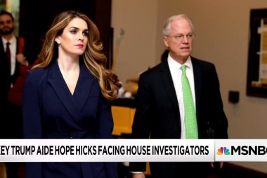 Hope Hicks follows 'the Bannon playbook' on Capitol Hill