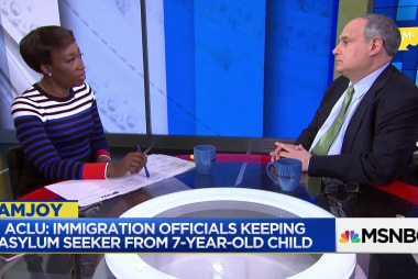 ACLU: Immigration officials split asylum seeker and child