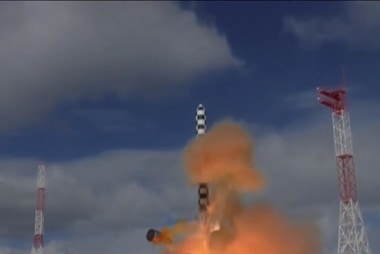 Russia test launches new 'Satan 2' nuclear missile