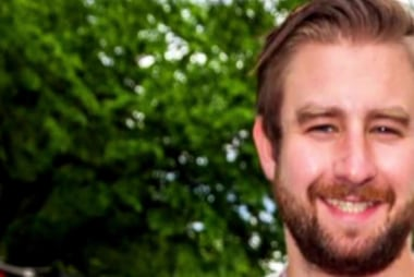Parents of slain DNC staffer Seth Rich sue Fox News