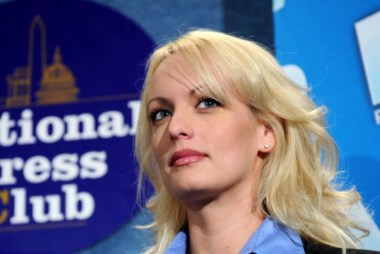 Stormy Daniels issue 'poses a serious threat': Lawyer