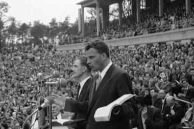 The grace Rev. Billy Graham showed in life