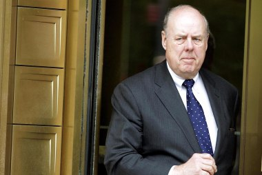 John Dowd resigns as Trump's top lawyer in special counsel investigation
