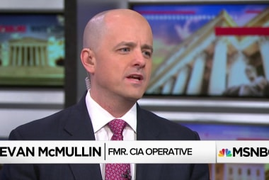 Fmr. CIA Op: Trump's divisive management weakens country