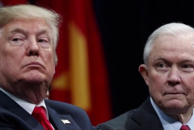 WaPo: Sessions told White House he might leave if Rosenstein is fired