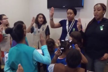 #GoodNewsRuhles: Homeless NYC Girl Scouts double cookie sales goal to 12,000