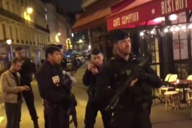 1 dead and 6 injured in Paris stabbing attack