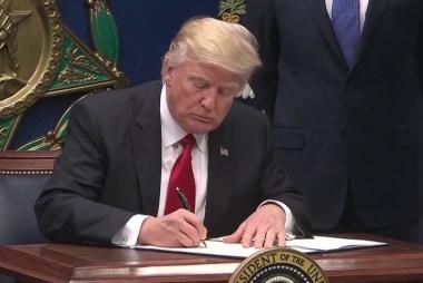 Debt soars under Trump tax cuts