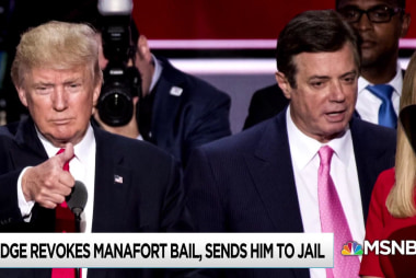Manafort appears to choose jail over helping Trump Russia probe