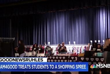 #GoodNewsRUHLES GLAM4GOOD treats students to shopping spree