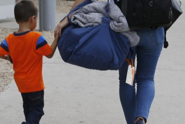 Gov't: 650 children are 'ineligible' for reunification