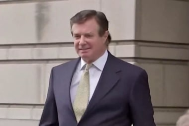 Judge orders Manafort moved from 'VIP treatment' jail