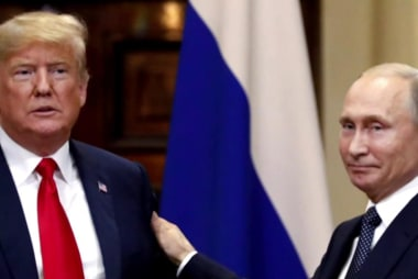 Kasparov: All Trump's 'big decisions' are 'connected to Putin's interests'