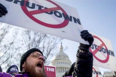 Rep. Swalwell: Trump wants 'border theater' on shutdown