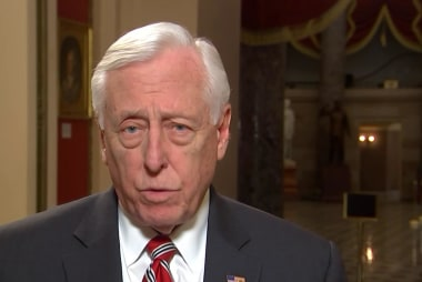 Hoyer on ICE bed count: 'Not what' negotiations impasse 'is about'