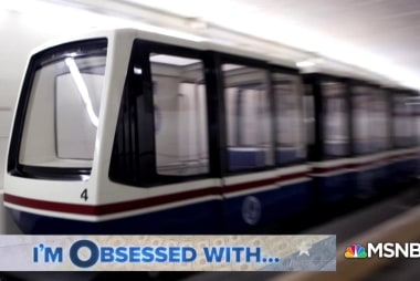 Ludicrous speed: Senate tram breaks down beneath Capitol, crew pushes the train down the track.