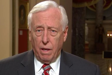 Full Hoyer: 'Blanket roundups' of people on the border