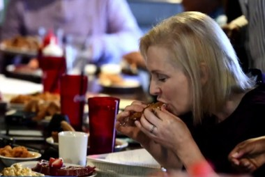 What's behind our obsession with how presidential candidates eat?