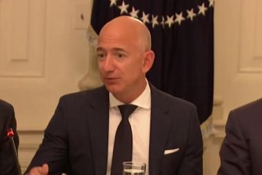 Bezos probe points finger at Saudis