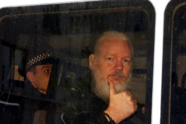 U.S. charges WikiLeaks' Julian Assange: 'They'll come after him with everything they have'
