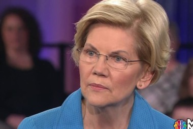 Elizabeth Warren brings personal intensity to town hall issues