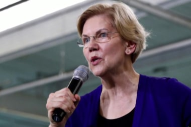 All eyes on Elizabeth Warren at first Dem debate
