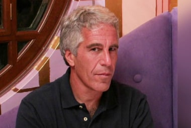 Miami Herald: new accusers come forward as Epstein asks to be released from jail