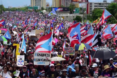 Protests in San Juan bring the city to a 'standstill'