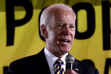 New poll shows Biden's shrinking lead, Warren gaining ground